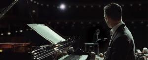 grand-piano-elijah-wood